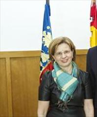 VILLEGAS CASTRILLO, ESTHER